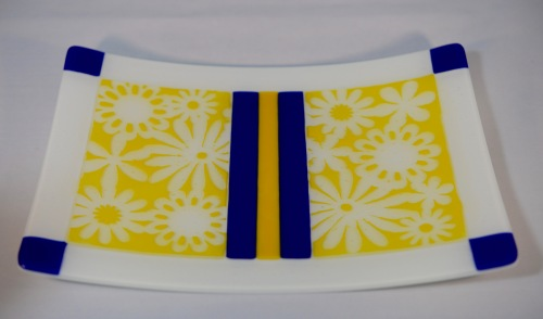Daisies Fused Glass Plate